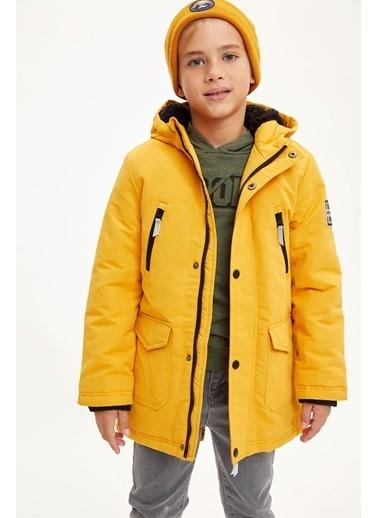 DeFacto Erkek Çocuk Kapüşonlu Parka Sarı